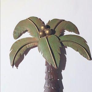 Single hook metal Silhouette coconut / Palm tree.